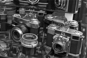Camera Heritage Museum cameras - Art Galleries and Craft Stores